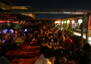 chiangmai_rooftop_bar_outside